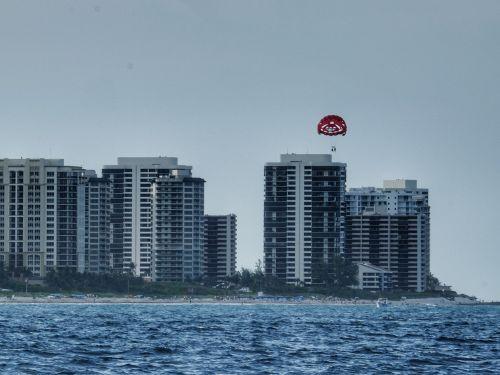 Größer kann der Kontrast nicht sein - die Bahams erscheinen nun wie ein vergangener Traum