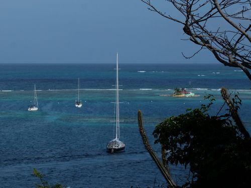 Happy Island - ganz links SAI MANGALAM