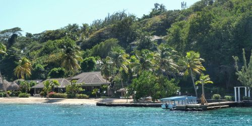 Perfektes Karibikflair auf der Privatinsel Young Island