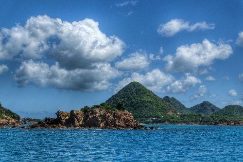 An der Nordwestküste von Antigua